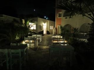 gallery villa manos santorini hotel-08