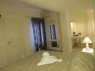 gallery villa manos santorini hotel-14